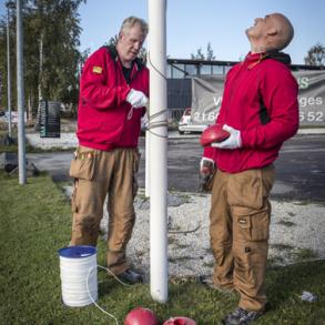 Reparation, eftersyn og service på flagstænger